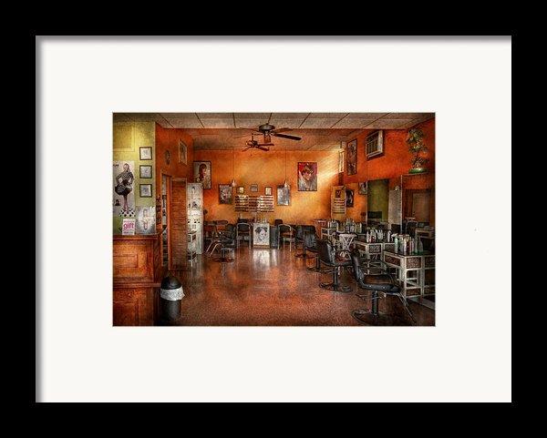 Barber - Union Nj - The Modern Salon  Framed Print By Mike Savad