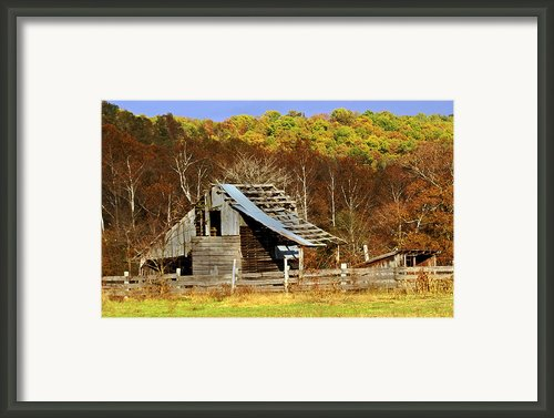 Barn In Fall Framed Print By Marty Koch