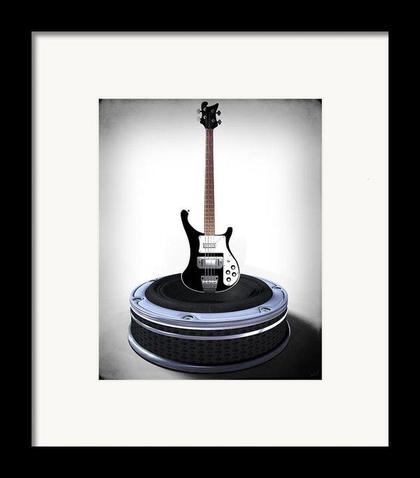Bass Desplay V1 Framed Print By Frederico Borges