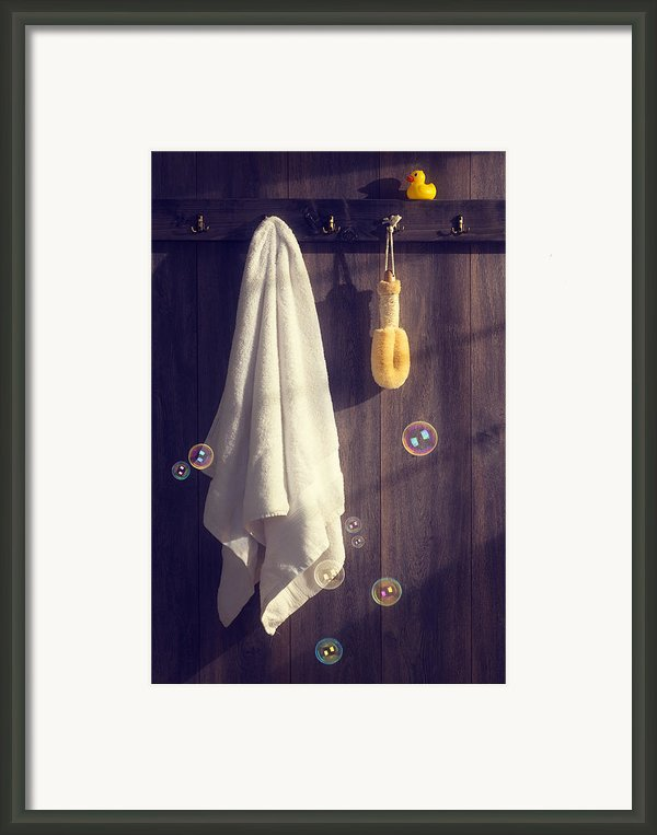 Bathroom Towel Framed Print By Christopher And Amanda Elwell