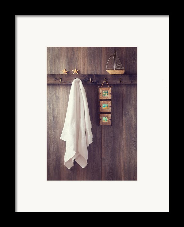 Bathroom Wall Framed Print By Amanda And Christopher Elwell