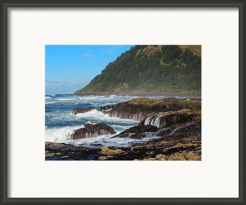 Beauty Of Oregon Coast Framed Print By Denise Darby