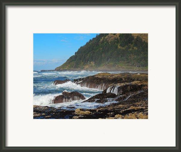 Beauty Of Oregon Coast Framed Print By Denise Darby