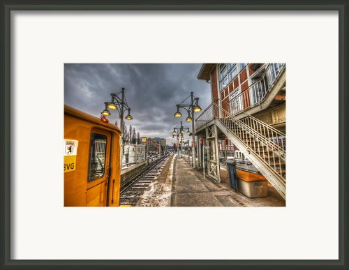 Berlin U1 Framed Print By Nathan Wright