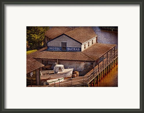 Boat - Tuckerton Seaport - Hotel Decrab  Framed Print By Mike Savad