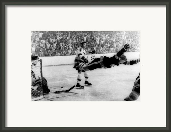 Bobby Orr Goal Celebration Framed Print By Sanely Great