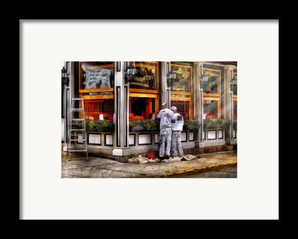 Cafe - The Painters Framed Print By Mike Savad