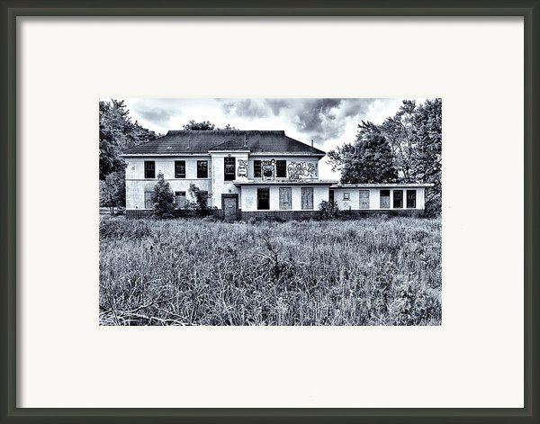 Camp 30 Number 9 Framed Print By Steve Nelson