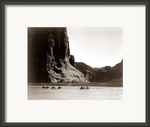 Canonde Chelly Az 1904 Framed Print By Edward S Curtis