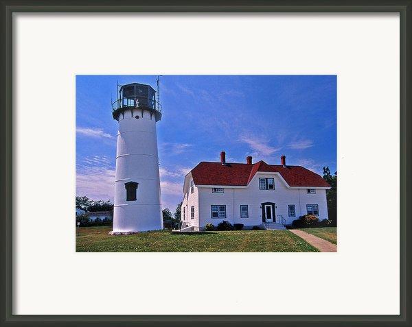 Chatham Light Framed Print By Skip Willits