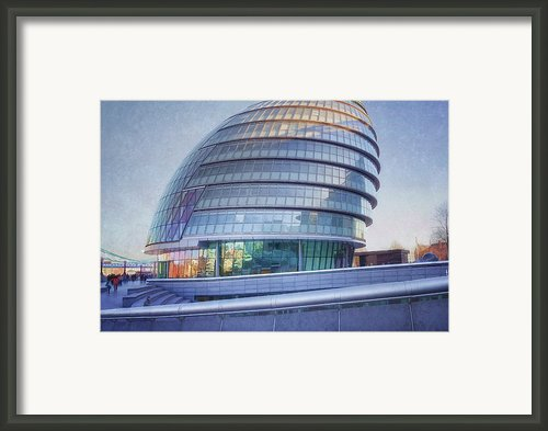 City Hall London Framed Print By Joan Carroll