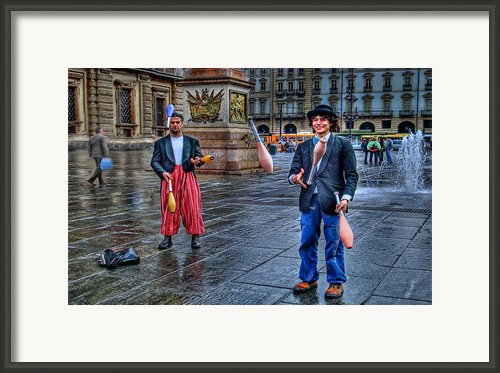 City Jugglers Framed Print By Ron Shoshani