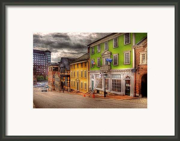 City - Providence Ri - Thomas Street Framed Print By Mike Savad
