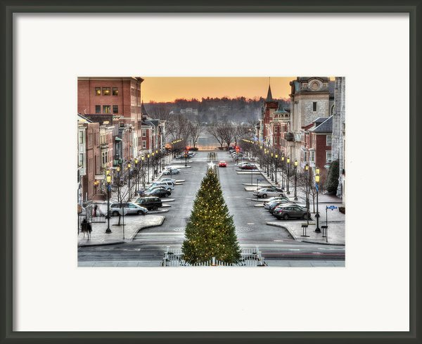 City Sidewalks Framed Print By Lori Deiter