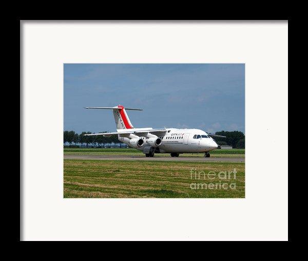 Cityjet British Aerospace Avro Rj85 Framed Print By Paul Fearn