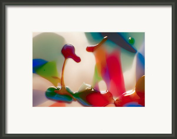 Cloud Talking Framed Print By Omaste Witkowski