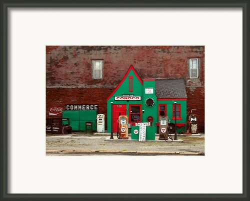 Conoco Station On Route 66 Framed Print By Mel Steinhauer