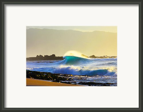 Cool Curl Framed Print By Sean Davey