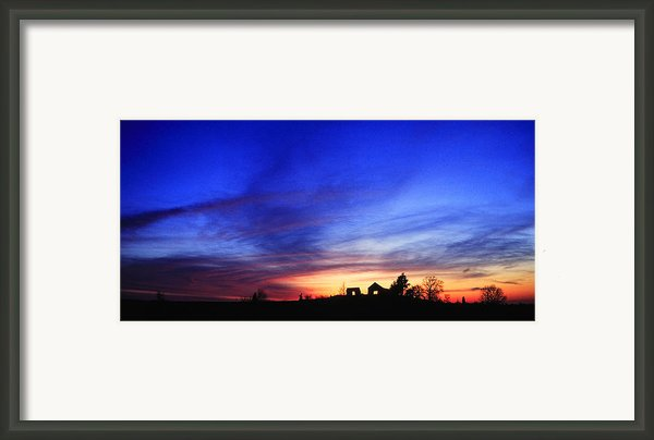 Country Sunset Framed Print By Wendell Thompson