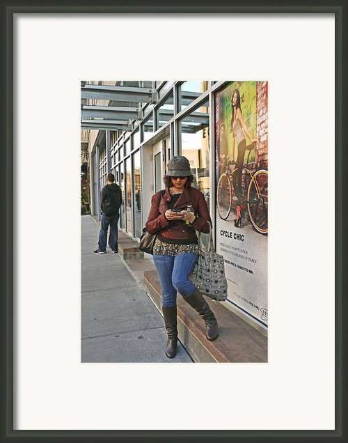 Cycle Chic Framed Print By Frank Winters