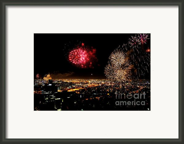 Dazzling Fireworks Iii Framed Print By Ray Warren