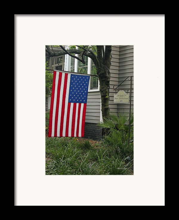 Deans - Maffitt House Framed Print By Suzanne Gaff
