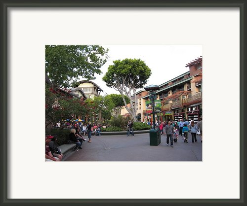 Downtown Disney Anaheim - 12128 Framed Print By Dc Photographer
