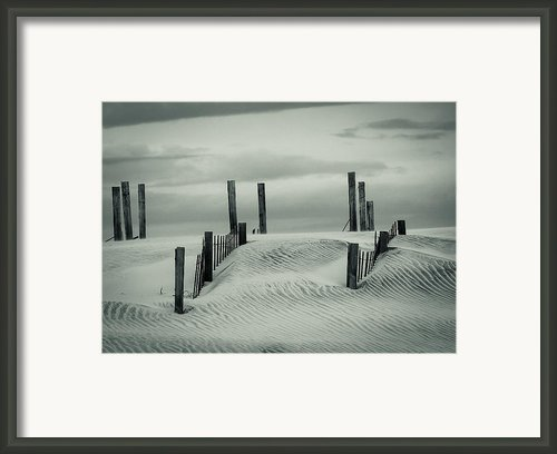 Drifting Dunes Framed Print By Tom Mcgowan