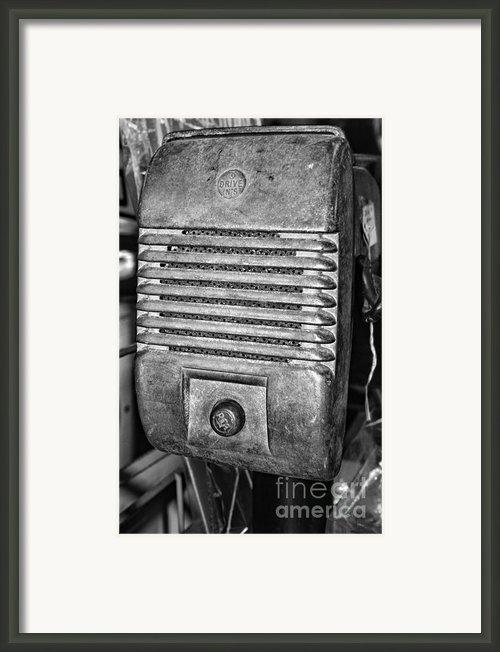 Drive In Movie Speaker In Black And White Framed Print By Paul Ward