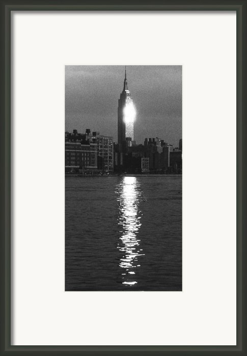 Empire State Building Nyc  Framed Print By Steven Huszar