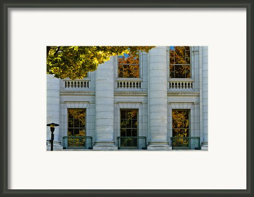 Fall At The Capitol Framed Print By Christi Kraft
