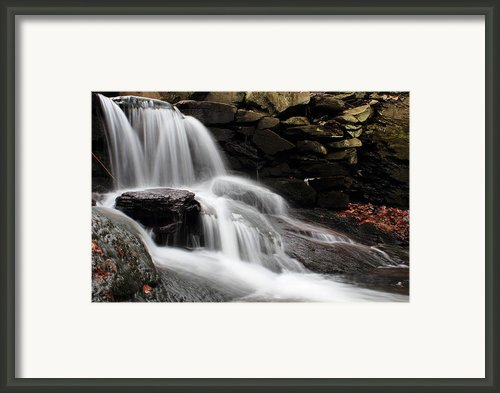 Falls At Melville Framed Print By Andrew Pacheco