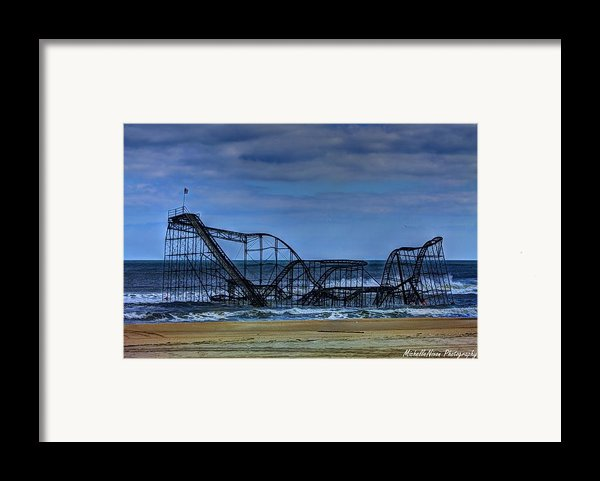 Final Farewell Framed Print By Michelle Nixon