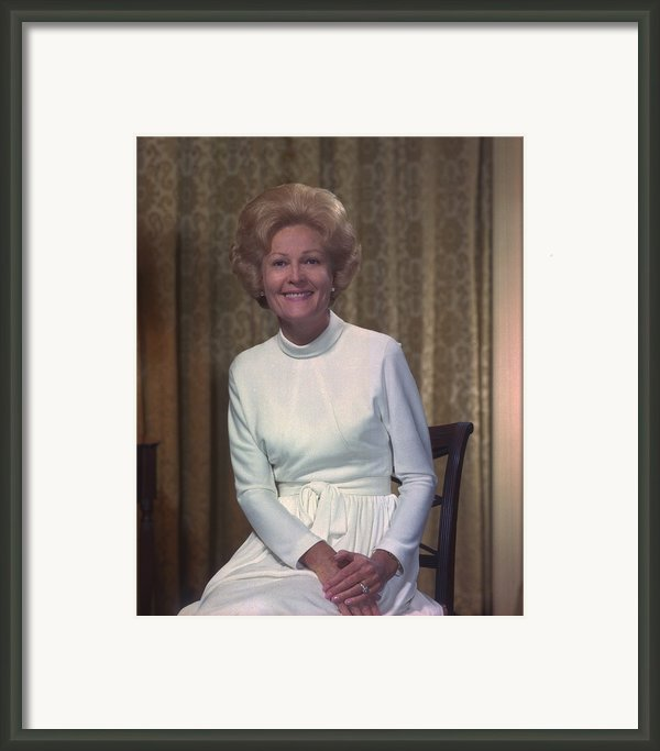 First Lady Patrician Nixon In An Framed Print By Everett