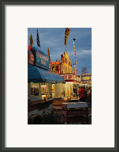 Food Court Framed Print By Skip Willits
