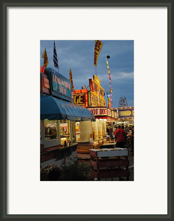 Food Court Framed Print By Skip Willits