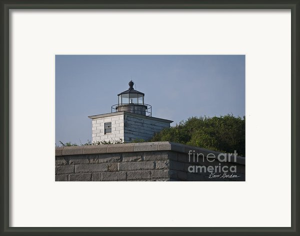 Fort Taber Lighthouse Framed Print By Dave Gordon
