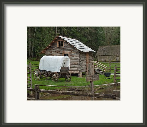 Frontier Life Framed Print By Roger Reeves  And Terrie Heslop