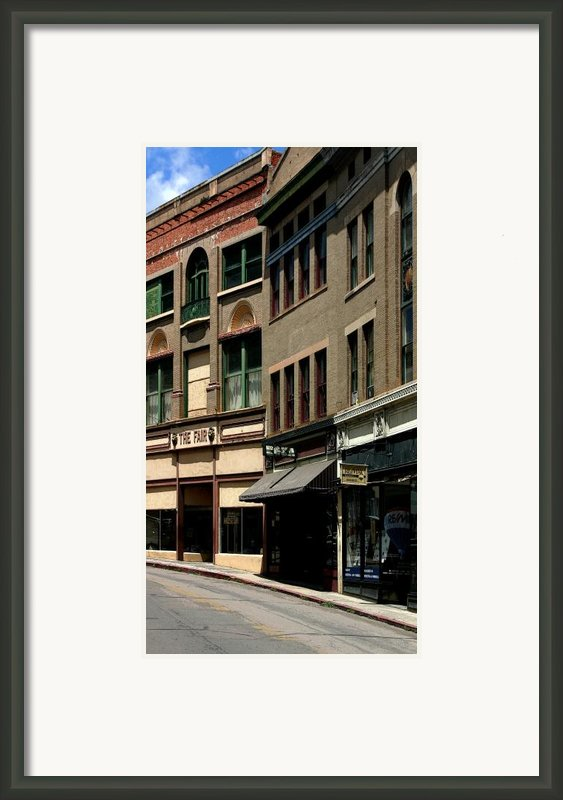 Frozen In Time Framed Print By Joe Kozlowski