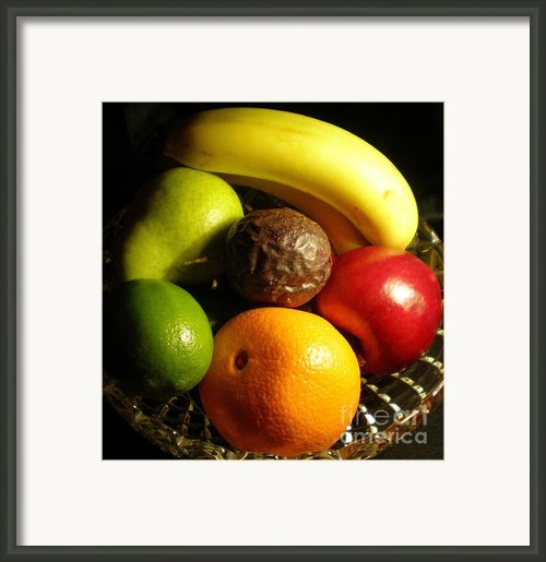Fruit Bowl Framed Print By Linda Provan