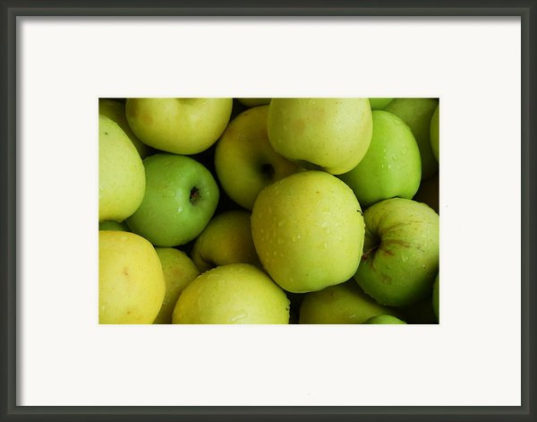 Green Apples Framed Print By Mamie Gunning