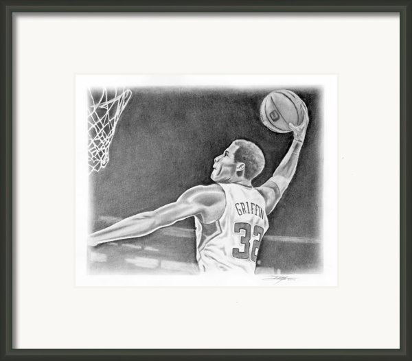 Griffin Framed Print By Don Medina
