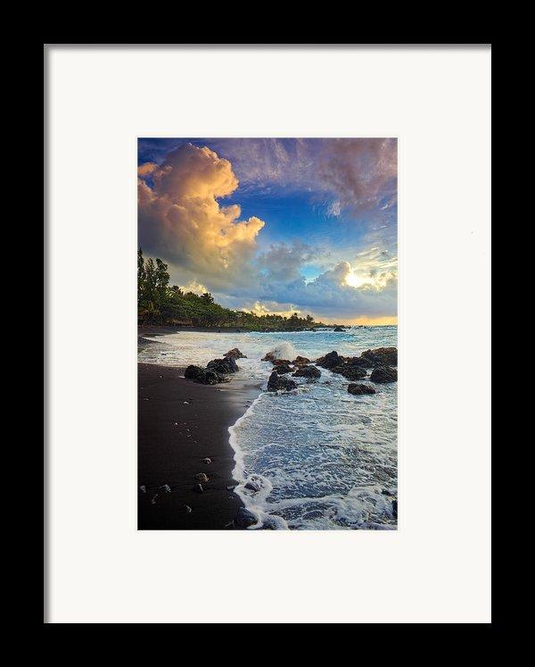 Hana Clouds Framed Print By Inge Johnsson