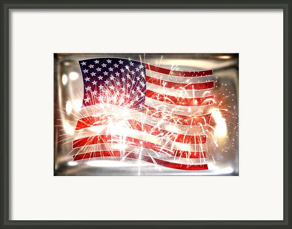 Happy Birthday America Framed Print By Li   Van Saathoff