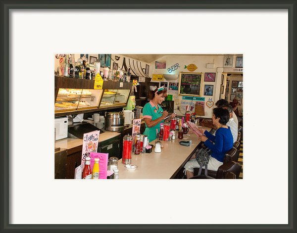 Historic Soda Fountain Peggy Sues Diner Yermo California Framed Print By Robert Ford