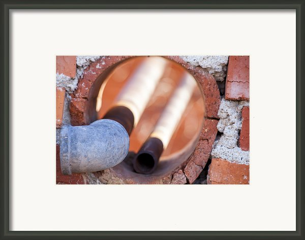 Hole In The Wall Framed Print By Fran Riley