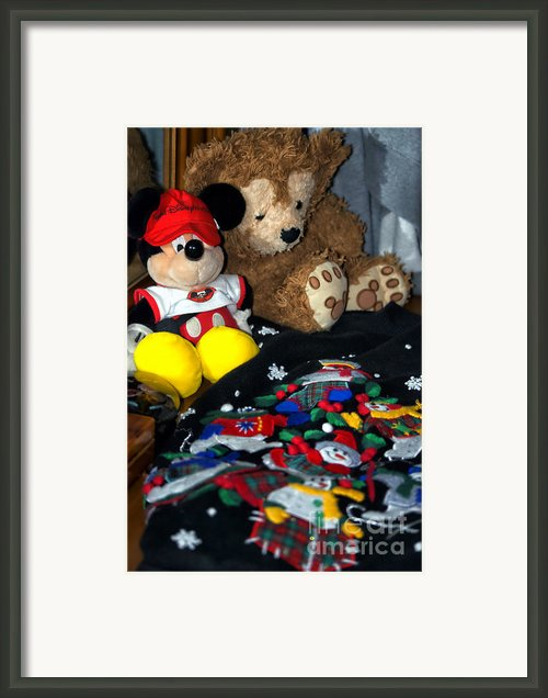 Holiday Bear Framed Print By Thomas Woolworth