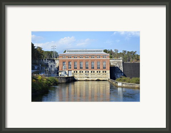 Hydroelectric Power Framed Print By Susan Leggett