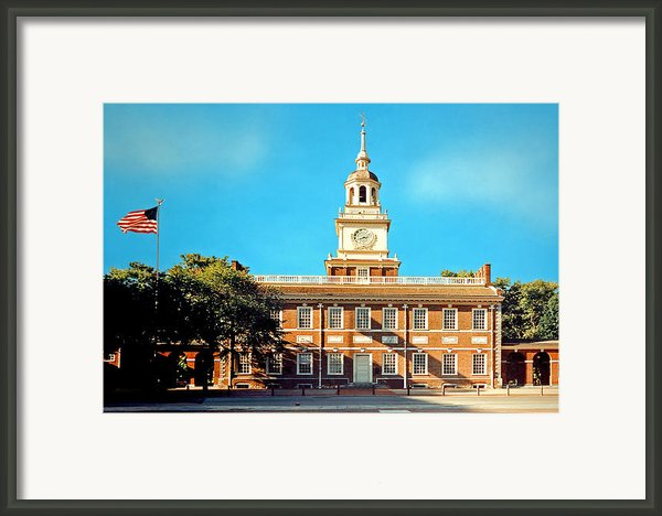 Independence Hall Framed Print By Harry Lamb