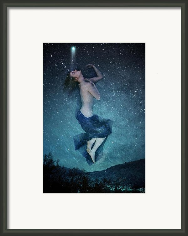 Into Dreamland Framed Print By Gun Legler